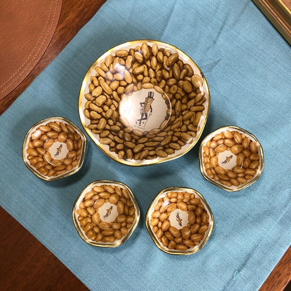 Vintage Planters Mr Peanut 🥜 Tin Bowls